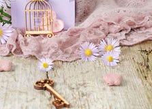 Små gulliga blommor för valentin dag Royaltyfri Foto
