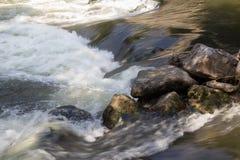 Små nedgångar på Mur River Royaltyfri Bild