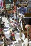 Små objekt som är till salu i Nice, Frankrike Arkivbild