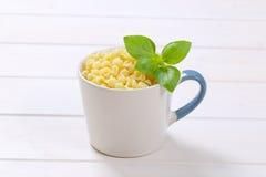 Små pastaskal Royaltyfria Bilder