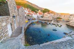 Små viker i Dubrovnik arkivfoto