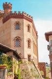 Småstaden av Barolo royaltyfria bilder