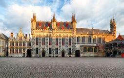 Småstadfyrkant i Bruges, ingen Royaltyfria Foton