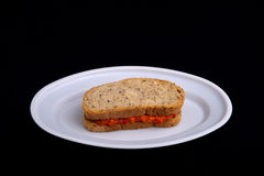 Smörgås med chutney som är ajvar Royaltyfria Bilder