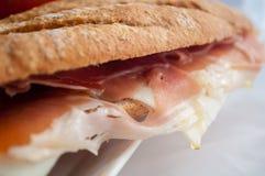 Smörgås med skinkabocadillo royaltyfria foton