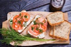 Smörgås med tomater Royaltyfria Bilder