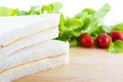 Smörgås och organisk grönsak Royaltyfri Fotografi