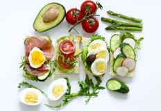 Smörgåsar med olika fyllningar Royaltyfria Bilder