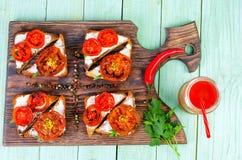 Smörgåsar med stekte tomater Royaltyfria Foton