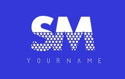 SM S M Dotted Letter Logo Design con el fondo azul Fotos de archivo libres de regalías