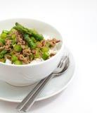 Smażący asparagus z wieprzowiną Obrazy Royalty Free