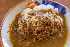 Smażący dziecko ośmiornicy curry'ego ryż i susząca ryba Zdjęcia Royalty Free