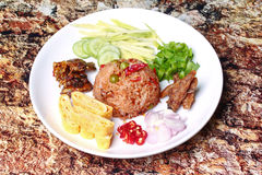 Smażący jaśminowi ryż z krewetkową pastą dzwonią Kao Klok Kapi Fotografia Royalty Free