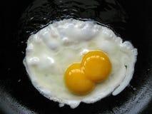 Dwa jajeczny yolk Zdjęcia Royalty Free
