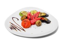 smażący oberżyny wyśmienicie jedzenie piec na grillu pieczarek odżywczych smakowitych pomidorów pożytecznie warzywa jarskich Zdjęcia Stock