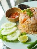 Smażący ryż z garnelą Zdjęcia Stock