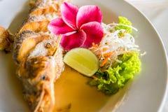 Smażący rybi tajlandzki jedzenie Fotografia Royalty Free