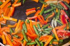 Smażący warzywa od above obraz royalty free