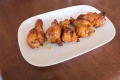 smażyć korzenne kurczak nogi Fotografia Royalty Free