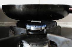 Smażyć niecki comforter kuchni płonącego wyposażenie zdjęcia stock