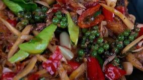 Sma??ca ryba z lemongrass i chili Tradycyjny jedzenie Tajlandia Autentyczny Tajlandzki naczynie zdjęcie wideo