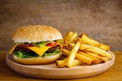 smaży hamburger Zdjęcie Royalty Free