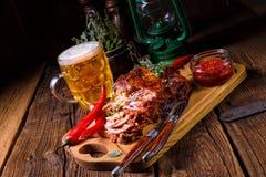 Smakelijk Barbecue getrokken varkensvlees Stock Afbeeldingen
