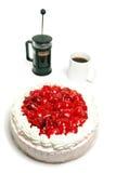Smakelijke aardbeicake met een een coffepers en mok Stock Foto