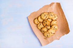 Smakelijke eigengemaakte Amerikaanse chocoladeschilferkoekjes Stock Foto