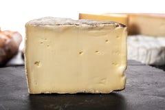 Smakelijke kaas tomme berg het Frans stock foto's