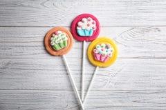 Smakelijke kleurrijke lollys royalty-vrije stock afbeeldingen