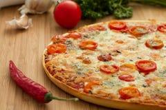 Smakelijke pizza Royalty-vrije Stock Afbeeldingen