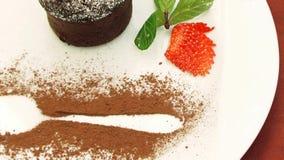Smakelijke Snoepjes op Één Plaat stock videobeelden