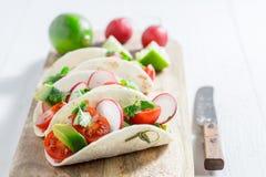 Smakelijke taco's als snack voor een partij Royalty-vrije Stock Foto's