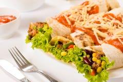 Smakelijke tortillasandwiches Stock Foto