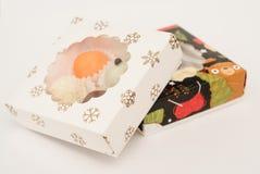 Smakelijke truffels in feestelijke dozen royalty-vrije stock afbeelding