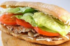Smaklig BLT-smörgås i en ciabatta Arkivbilder