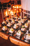 Smaklig färgrik och läcker italiensk buffé i restaurang Arkivfoto