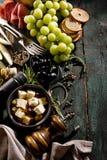Smaklig italiensk grekisk medelhavs- bästa sikt för matingredienser på G arkivbild