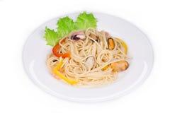 smaklig italiensk pasta Arkivbilder
