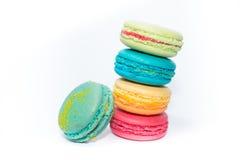Smaklig och blandad färgrik franska Macarons Royaltyfria Bilder