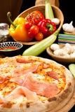 smaklig pizza Royaltyfri Fotografi