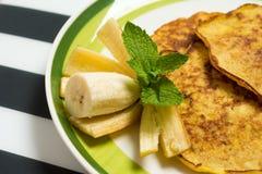 Smakliga bananpannkakor Royaltyfri Bild