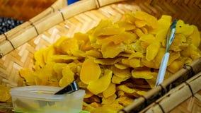 Smakowici i świezi wysuszeni mango zdjęcie stock