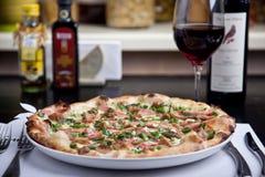 Smakowita pizza obrazy royalty free