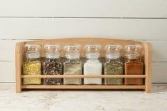 Smaktillsatser och kryddor Arkivbilder