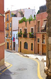 Smal gata i Tarragona Arkivbilder