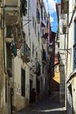 Smal Lissabon gångareväg Royaltyfri Foto