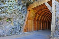 smal portal för berg som ska grävas Arkivfoto