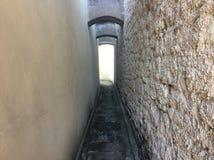 smal walkway Arkivbilder